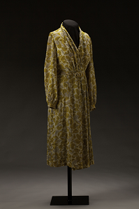 Rosa Parks's dress from 1955. National Museum of African American History and Culture