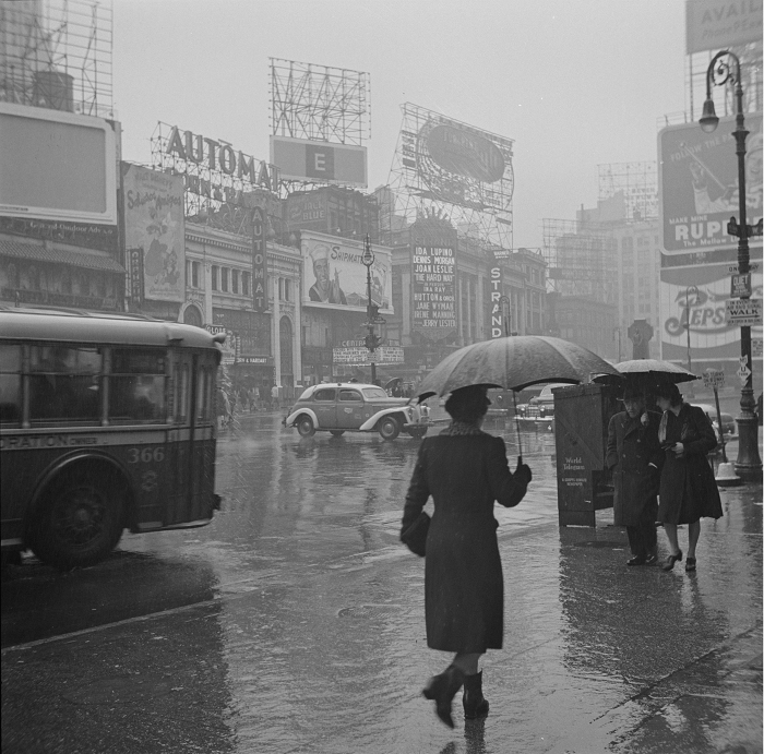 Times Square on a rainy day, 1943. John Vachon/FSA/OWI Photograph Collection, Library of Congress