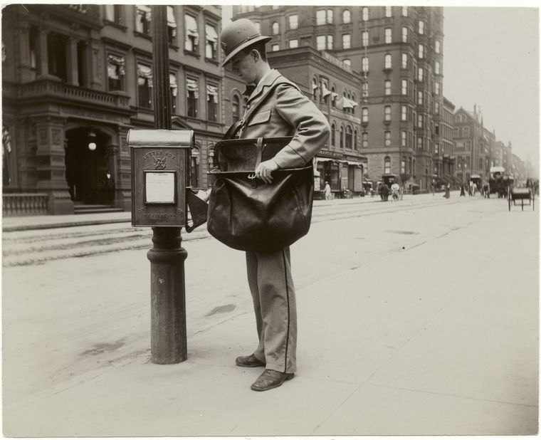 A New York City letter carrier collects mail—including, perhaps, letters to Congress—in 1896.  New York Public Library Digital Collection