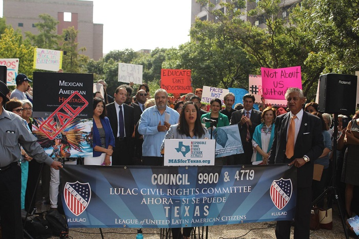 Activists in Texas demonstrate against the proposed textbook Mexican American Heritage. Texas Freedom Network