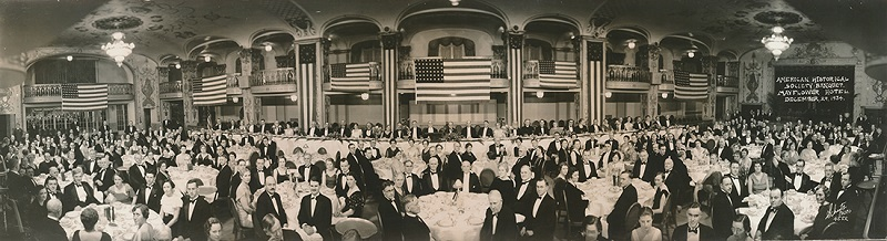 The photograph of the AHA &ldquo;Founder&rsquo;s Banquet&rdquo; (1934), which ran on the cover of the February 2017 issue of <em>Perspectives</em>