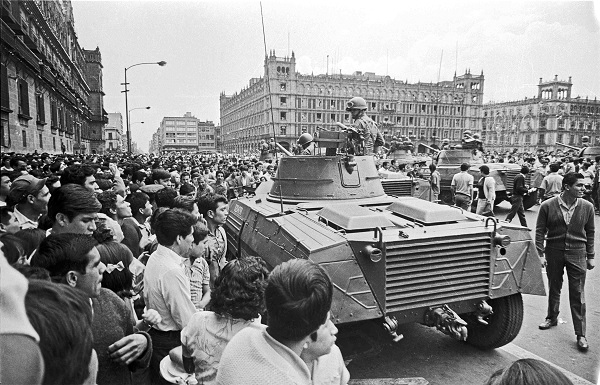 Armored vehicles attempt to quell student protests in Mexico City's main square in August 1968. Wikimedia Commons