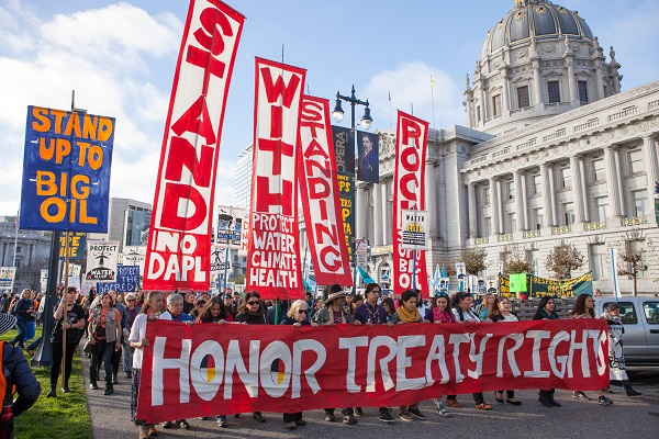 #NoDAPL protesters march past the San Francisco City Hall in November 2016. Pax Ahimsa Gethen/Wikimedia Commons/CC-BY-SA 4.0