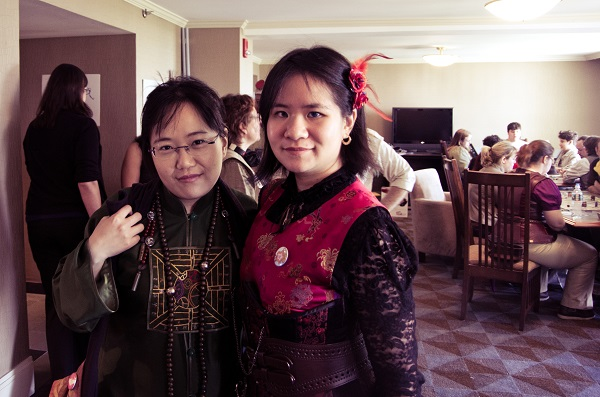 Jaymee Goh and Diana M. Pho at the Steampunk World's Fair.