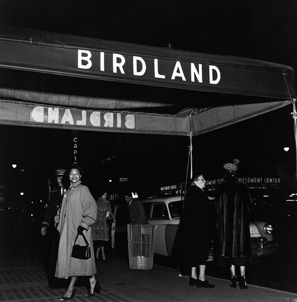 Singer Pearl Bailey arrives at Birdland for a 1950 performance.