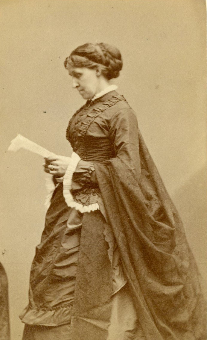 Carte de visite of Louisa May Alcott.