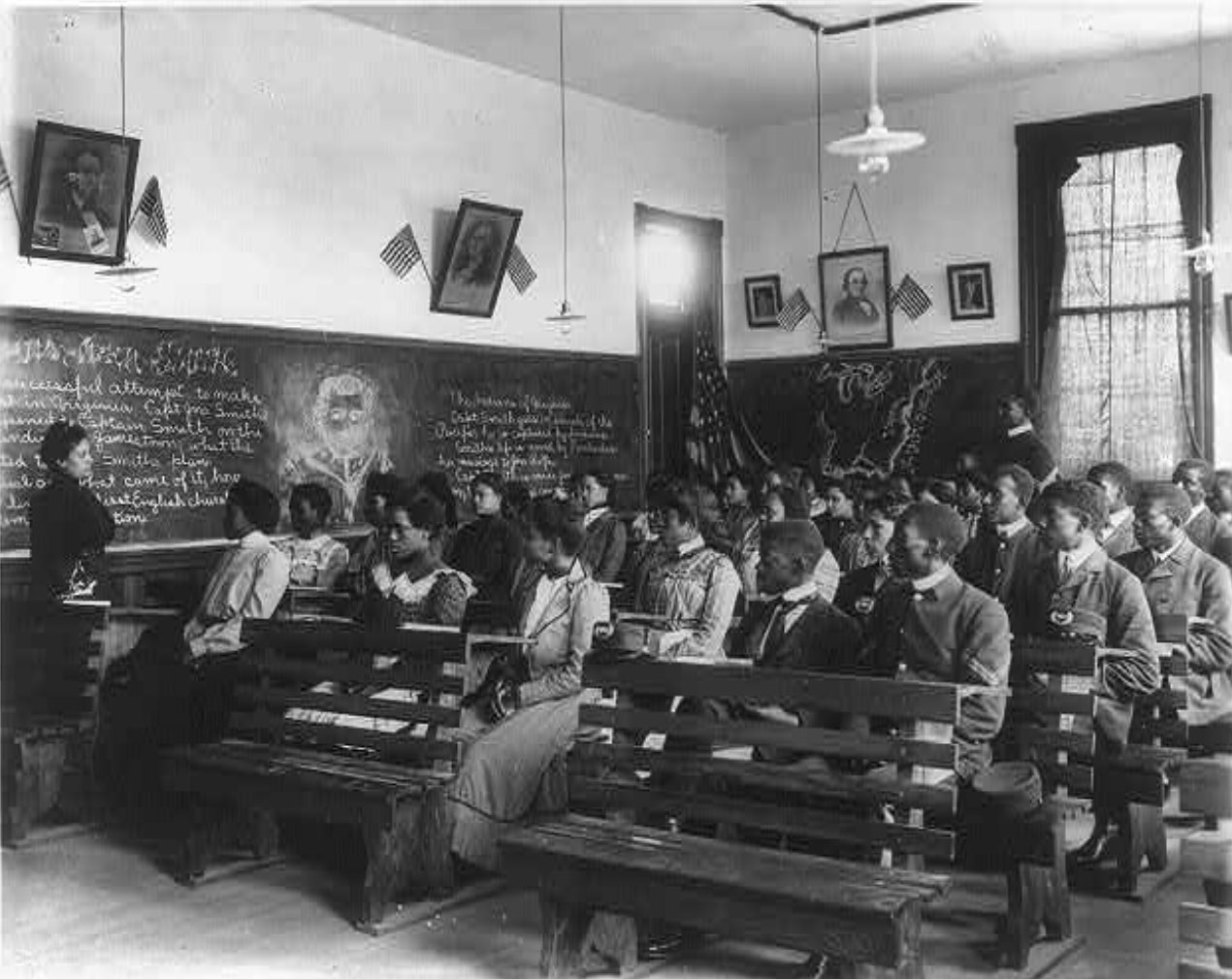 History students at the Tuskegee Institute in 1902.