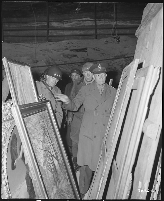 Eisenhower-and-looted-art